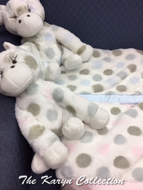Little Giraffe Multidot Blanket with Matching Giraffe