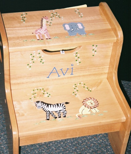 Safari Wood 2-Step Stool