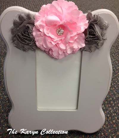 Gray Scallop Picture Frame