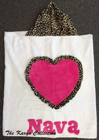 Nava Jumbo Heart Hooded Towel