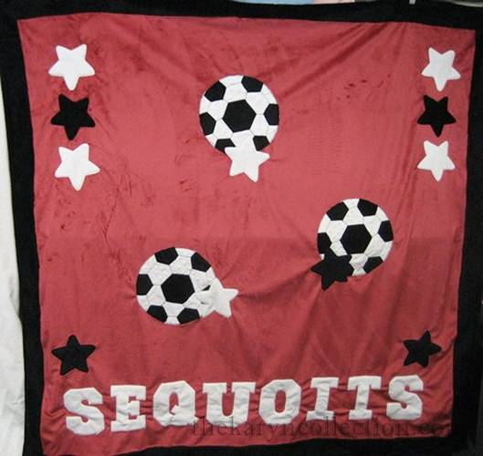 Sequoits College Blanket