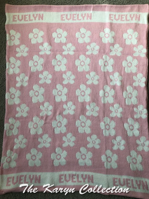 *EXCLUSIVELY OURS...Evelyn's ALL COTTON Daisies blanket
