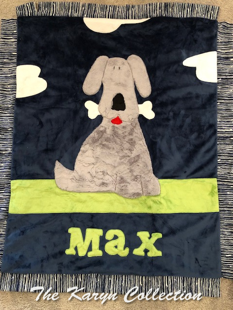 Max's Puppy Blanket in navy with lime minki