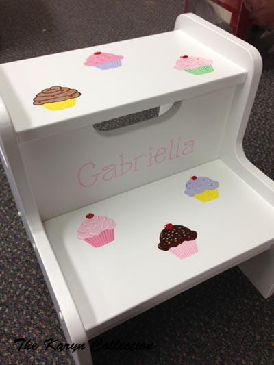 Cupcake 2-Step Stool