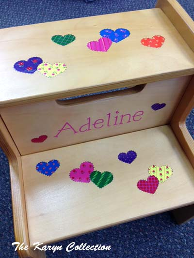 2-Step Stool in patchwork BRIGHT hearts for Adeline (only comes on white)